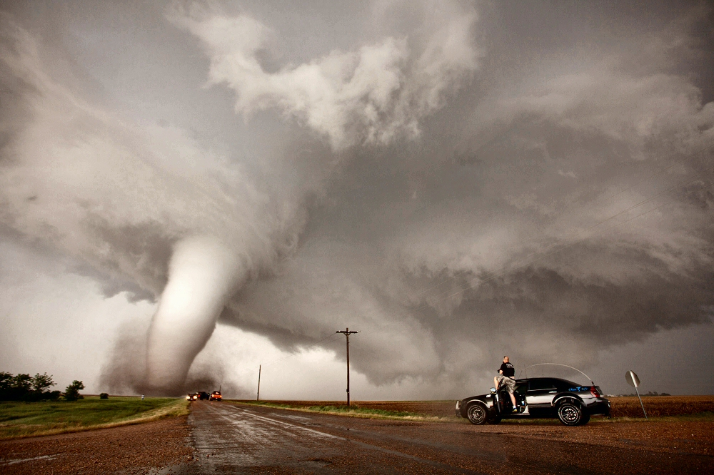Imponentes tornados en kansas estados unidos - Tornados en espana ...